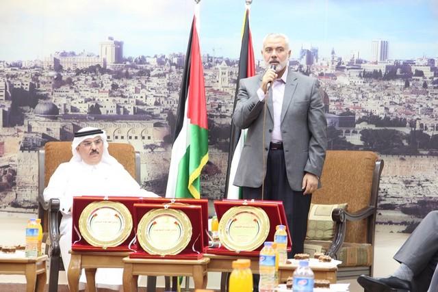 أمواج تكرم أبطال الموسم الرياضي في غزة (1)