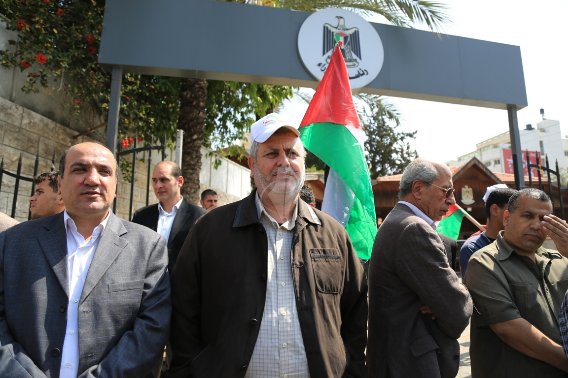 وقفة لمبعدى كنيسة المهد أمام مجلس الوزراء في الذكرى الـ14 لإبعادهم (30373276) 