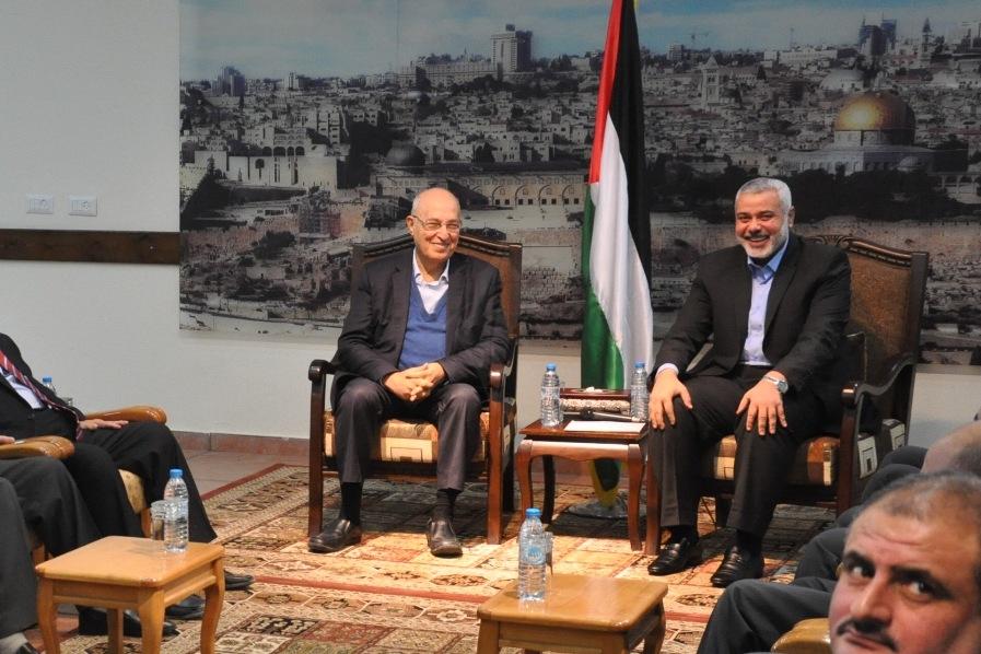 بالصور:فتح وحماس تعقدان لقاء مشترك في غزة حول المصالحة